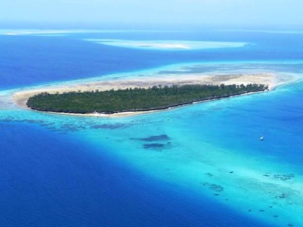 bawe tropical island