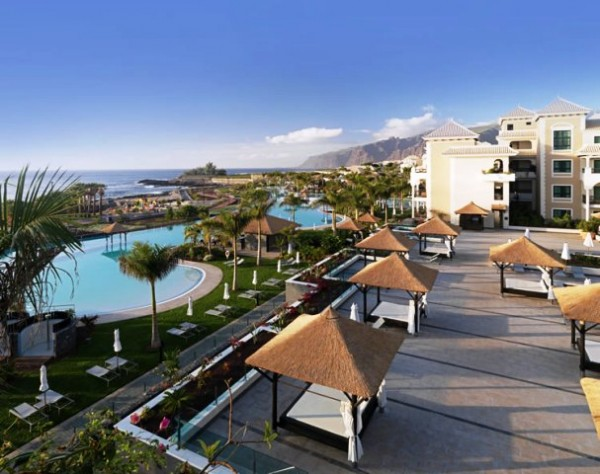 Vacanze alle canarie pacchetti volo villaggi e hotel canarie haraka viaggi - Hotel gran palacio de isora ...